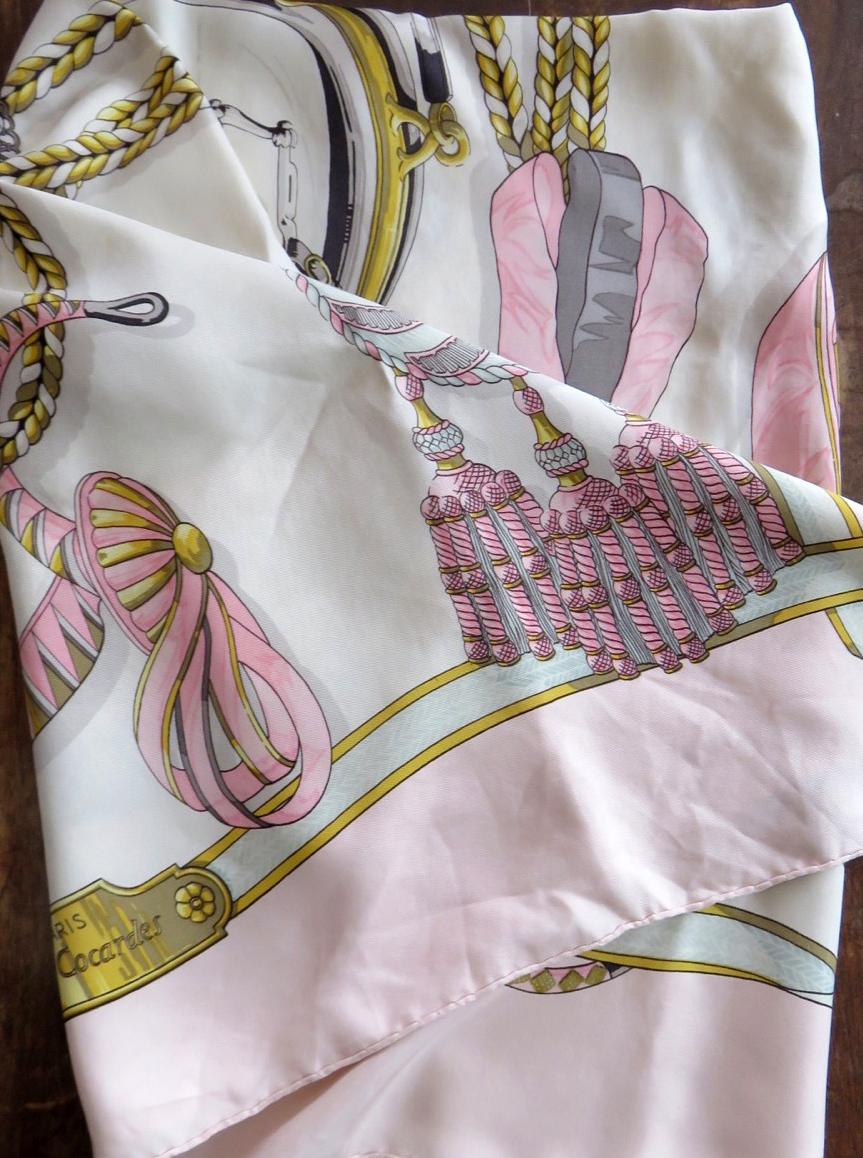 "b542b1987b1b Original vintage foulard Hermes ""Frontaux et Cocardes"" - ru-original"
